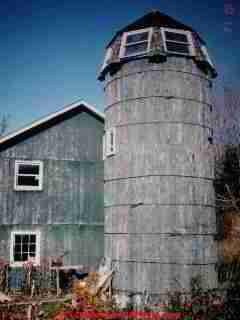 Sloped windows on barn silo (C) Daniel Friedman
