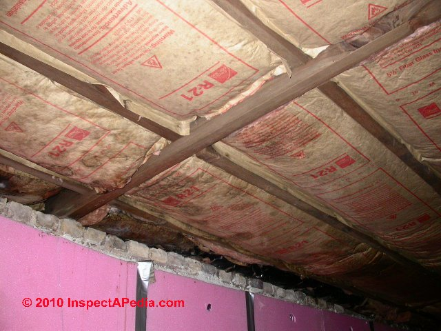 Vapor barriers basement ceiling wall moisture barrier for Types of insulation for basement
