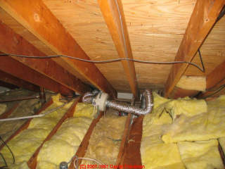 photo of yellow fiberglass building insulation