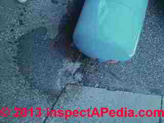 Water pressure tank bladder leak test (C) InspectApedia