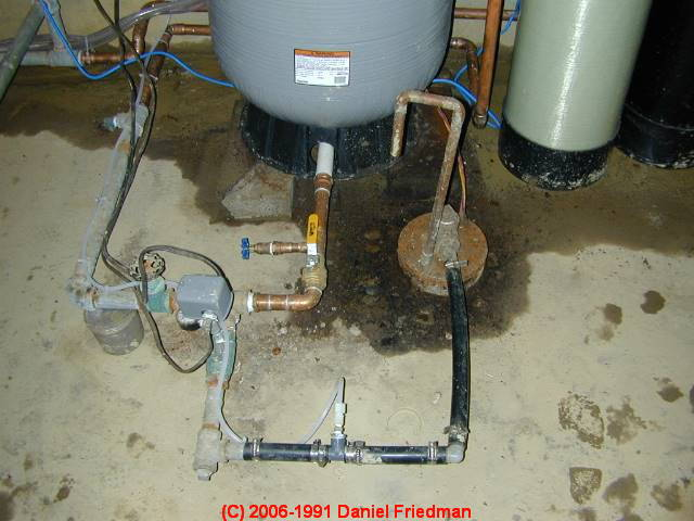 well pump pressure control switch how to adjust the water this article explains inspecting cleaning and possibly repairing a typical water pump pressure control switch normally found mounted on piping at the
