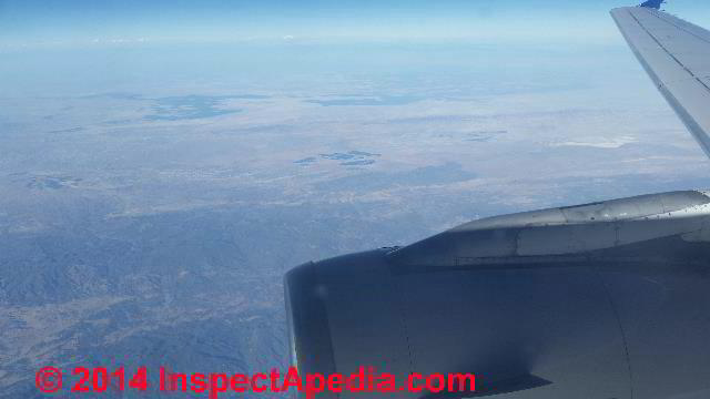 Oxygen levels as indicators of cabin air quality during long flights