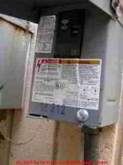 A C Or Heat Pump Compressor Condenser Disconnect Switch