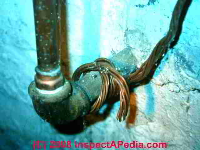 old house wiring inspection repair electrical grounding knob rh inspectapedia com 2 0 Cloth Wire Old Service Old Electrical Wiring Types