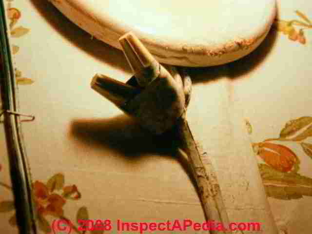 Unsafe splice in l& cord wiring (C) Daniel Friedman : how to extend electrical wiring - yogabreezes.com
