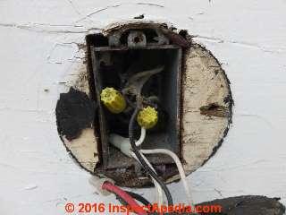 Unsafe Exterior Light Fixture Inspection Amp Defects
