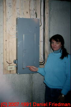 Electric panels how to inspect residential electrical for Electric moving wall pictures