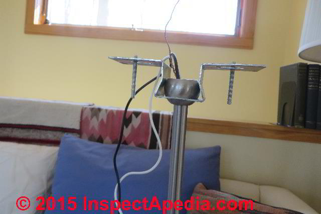 how to connect a light fixture