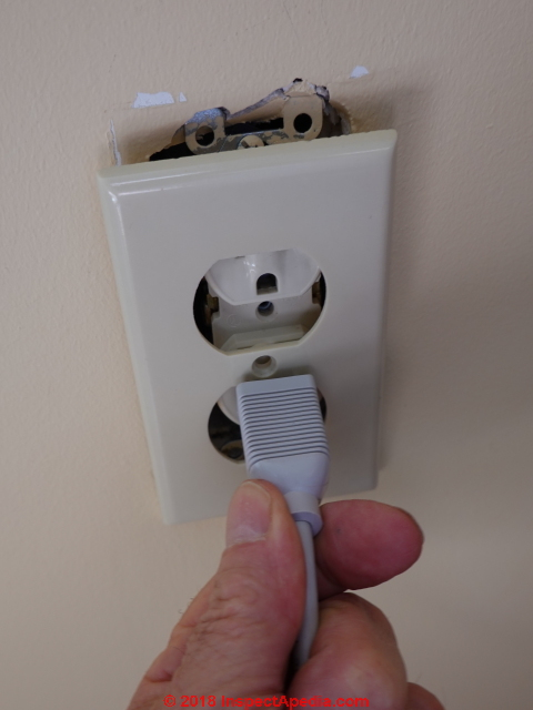Electrical Receptacle Outlet Ground Up or Down