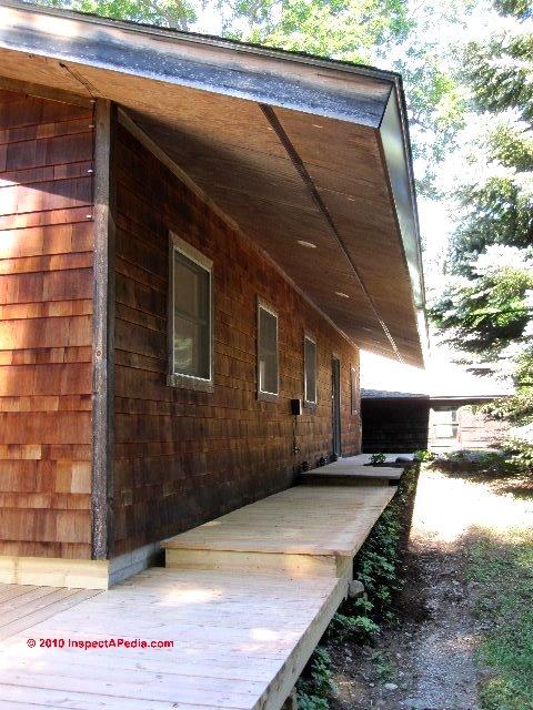 Rain Splash-up or Lawn Sprinkler Damage to Wood Siding on buildings