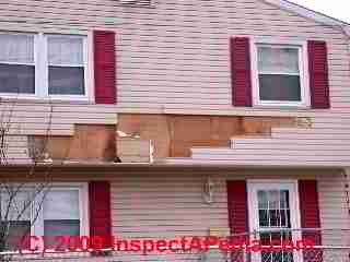 Wind damaged siding, Maple Shade New Jersey (C) Daniel Friedman