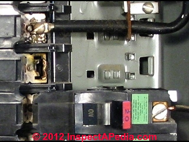 FPE_Stab_Lok_497_InspectAPedias commercial grade federal pacific electric fpe stab lok� panel pacific fuse box at mifinder.co