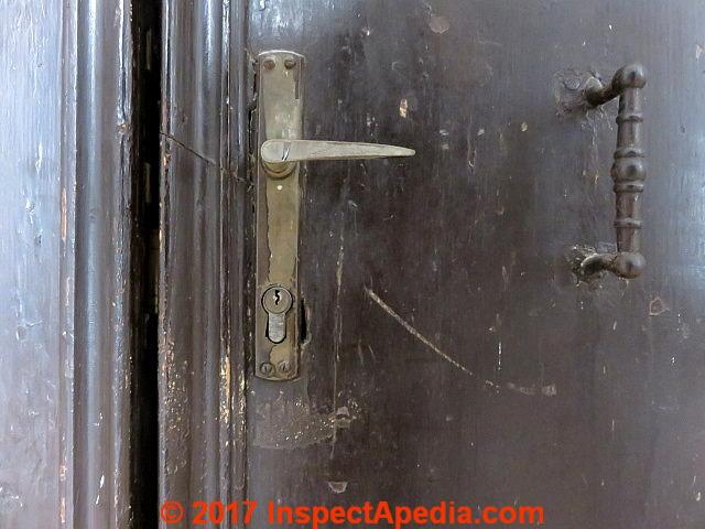Antique door hardware, Palacio Pisani, Venice Italy (C) Daniel Friedman ... - Door Age: Door Locks, Knobs, Hinges Hardware As Indicators Of