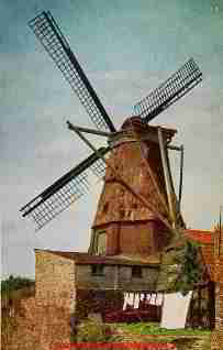 Old windmill on the city rampart at Montfoort, Holland (C) Daniel Friedman