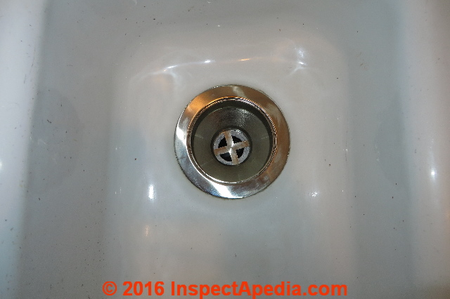 How to Repair a Leaky Sink Strainer / Drain