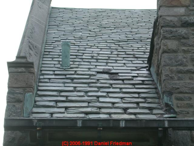 graduated size roofing slates