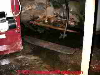 Bad sump pump instlallation (C) D Friedmamn